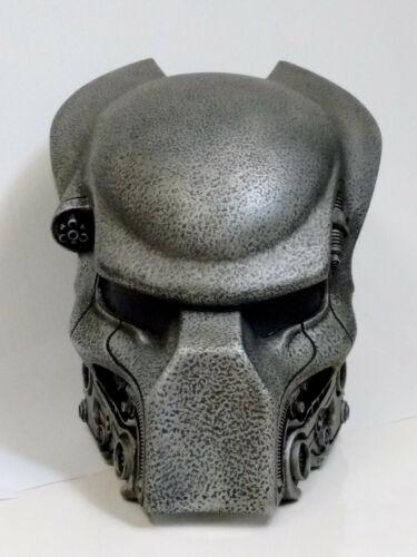 life-size 1:1 AVP PYRAMID GUARD Predator Bio mask