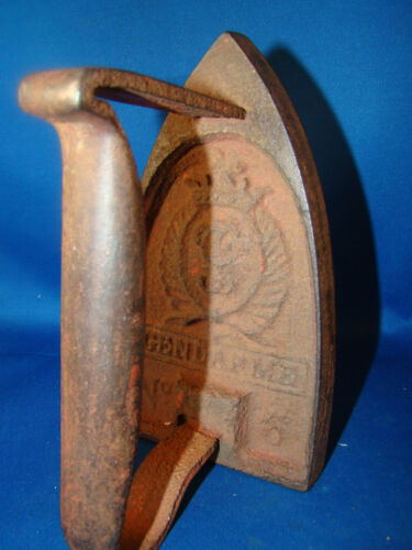 Antique Sad Iron French Police Gendarme No. 6 RARE @24