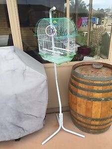 Bird cage and stand Branxton Singleton Area Preview