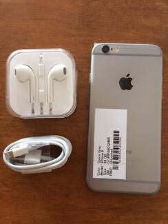Iphone 6 64 gb Space grey with 3 month warranty and all accessori