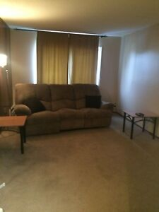 Fully furnished Bachelor suite available immediately