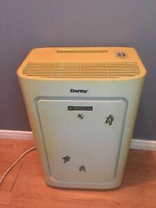 Danby portable air conditioner floor unit