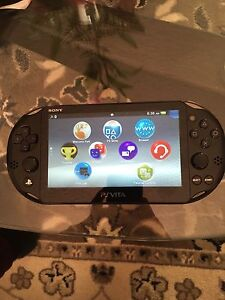 Ps Vita 16 Gb with two games in great condition