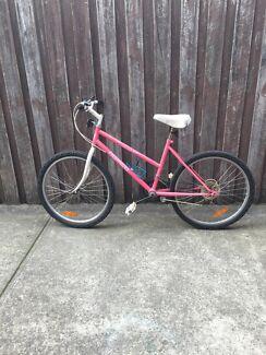 Adults mountain bike need repair  Coburg Moreland Area Preview