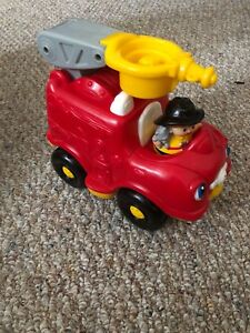 Fire truck& firefighter, little people, good condition