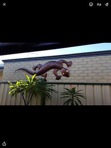 Wall Art - Giant Gecko Cedar Grove Logan Area Preview