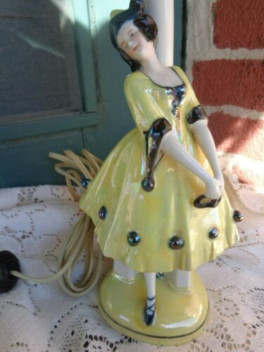 VTG ART DECO PORCELAIN GERMANY LADY HARLEQUIN DRESSER DOLL FIGURINE BOUDOIR LAMP