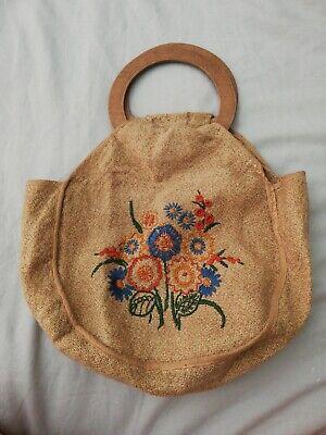 Vintage Embroidered Floral Handbag With Wooden Handles