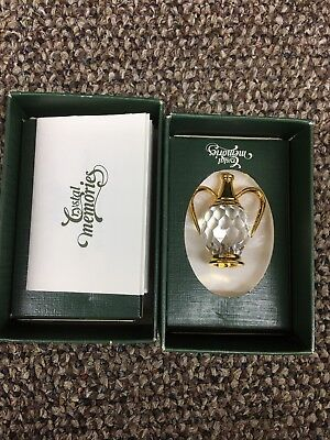 Swarovski Crystal Memories Decanter In Box.(used For Display Only)