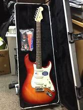 Fender Strat Deluxe - As new! Success Cockburn Area Preview