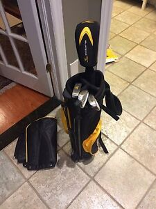 Cobra Junior Golf Club Set (good for 5 to 6 year olds)