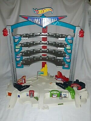 Hot Wheels Ultimate Garage 2015 Playset Incomplete Sound & Light Work Nice *Read