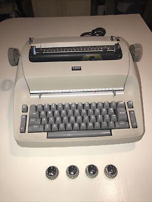Ibm Selectric 1 Model 72 Electric Typewriter Tan W 5 Typeballs For Partsrepair