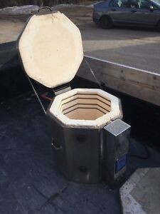 Perfect Fire Pottery Kiln - Great Working Conditon