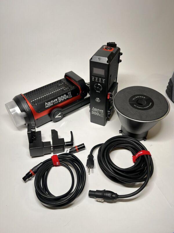 Aputure Light Storm C300d Mark II LED Light Kit W/ Gold-Mount Battery Plate