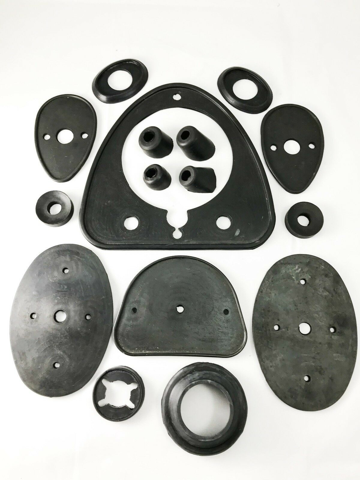 SET OF RUBBERS FOR CAR BODY FOR ISETTA 300 MOD. USA.