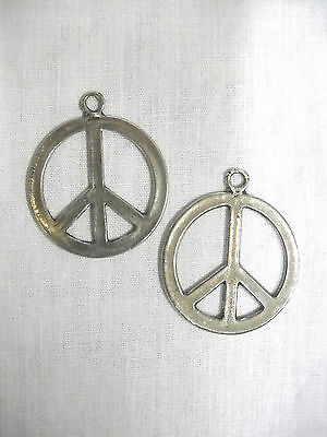 NEW LARGE FULL PENDANT USA PEWTER ROUND FLAT PEACE SIGN PIERCED EARRINGS -