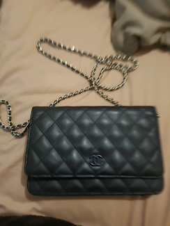 Womens chanel authentic bag