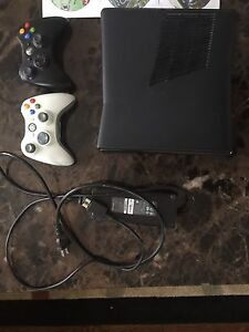 250gb XBOX360 WITH BOX AND RECEIPT