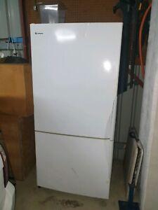 Westinghouse fridge freezer