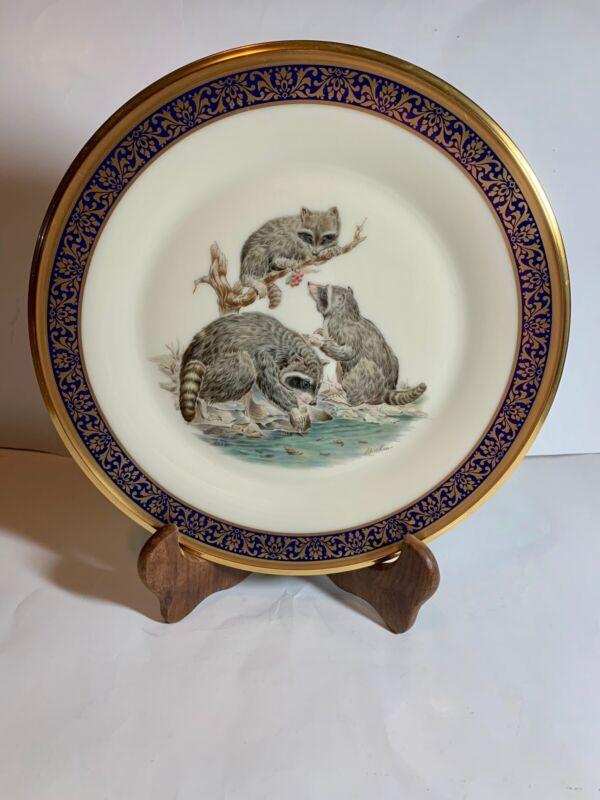 1973 Lenox Boehm Annual Ltd Woodland Wildlife Raccoons Plate Cobalt & Gold