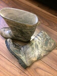 CAMOUFLAGE Kids Rubber Boots - Size 1