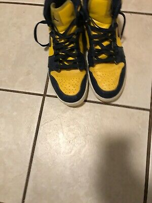 Nike Air Jordan Retro 1 Mid Shoes Michigan Size 11 Blue Yellow 554724-707 EUC