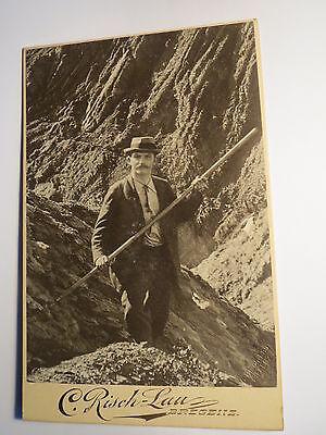 Bregenz - 1900/1901 - Mann mit Hut und Stock beim Wandern am Berg / KAB