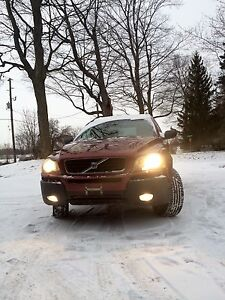 2003 Volvo XC90 AWD SUV, Crossover Need gone