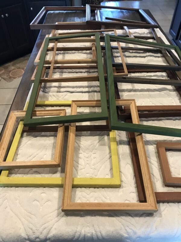 Lot of 17 vintage wood picture frames assorted colors and styles