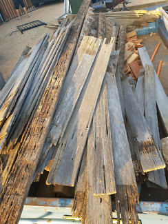 Timber. Old fensing. Don't need anymore. Free