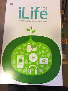 Apple iLife and iWork 05 software