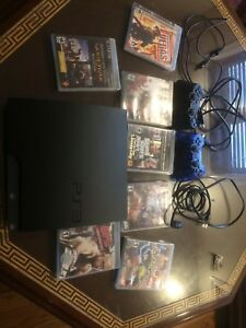 PS3  160 gb +2 manette +7games