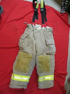 2008 Quest Mens 44 X 29 Pants Suspenders Firefighter Turnout Thermal Liner