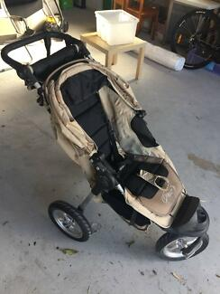 Pram - Baby Jogger City Elite