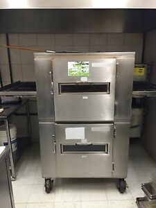 Double stack pizza conveyor ovens