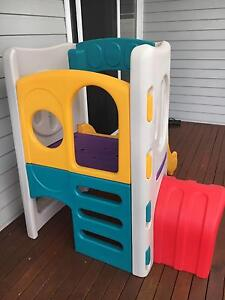 Little Tikes Climber Slide Cubby Camden Camden Area Preview