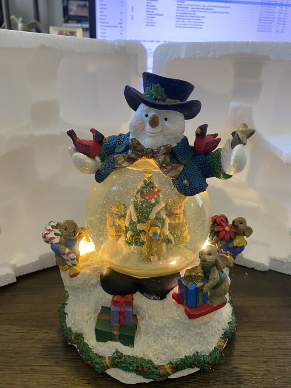 Snowman Musical Snowglobe - Lights Up!