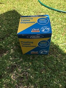 Swimming pool floating tablet dispenser Petrie Pine Rivers Area Preview
