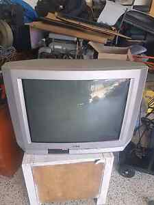 Old working tv free Lammermoor Yeppoon Area Preview