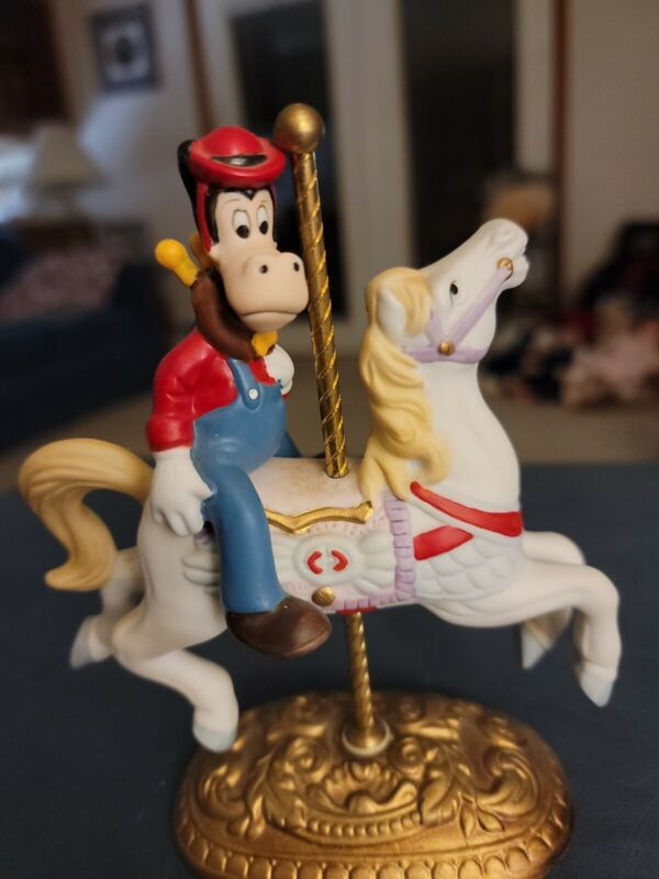 New England Collector's Society CLARENCE THE COW Carousel Horse Figure NIB