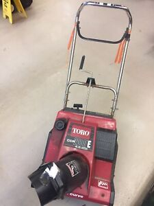 TORO CCR2000 SNOWBLOWER SNOW THROWER SUZUKI 2 CYCLE SINGLE STAGE