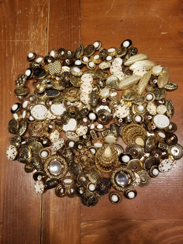 Vtg Gold button lot 190+ buttons fancy costume Victorian plastic see pics!