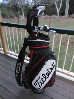 Titleist golf clubs and bag vgc 910D3 driver 710 ap2 irons. Middle Ridge Toowoomba City Preview