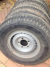 Toyota Land Cruiser 4x4 Split-rim wheels & tyres Castlemaine Mount Alexander Area Preview