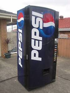 DIXIE NARCO DRINK VENDING MACHINE .. Greenfield Park Fairfield Area Preview