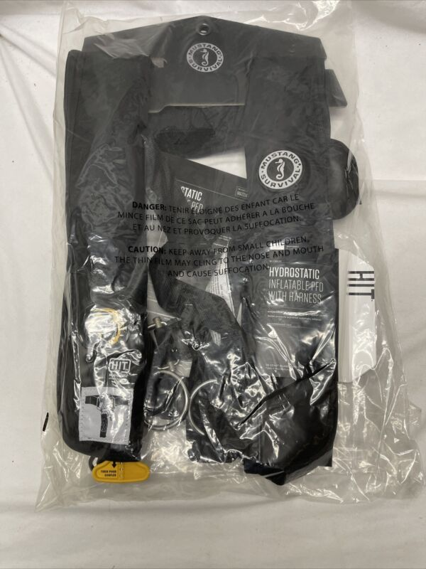 Mustang HIT Inflatable Automatic PFD w/Harness Black MD318402-13 Black