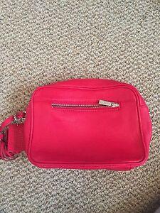Daniel leather purse