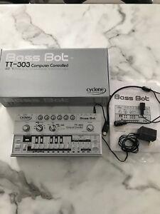 bass bot tt303