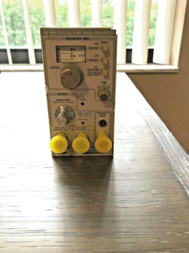 Tektronix SG504 Leveled Sine Wave Generator with Output Head 015-0282-00.